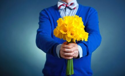 When Is The Best Time to Give Flowers To Your Date?